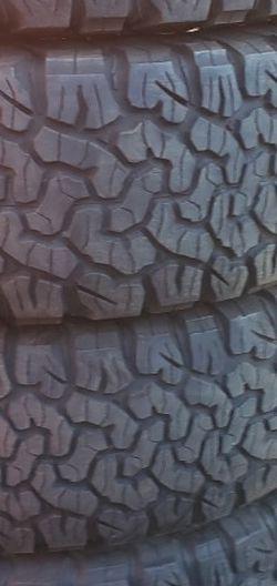265/70r17 BFGoodrich Ko2 Tires En Exelentes Condiciones De Vida 4 for Sale in Long Beach,  CA