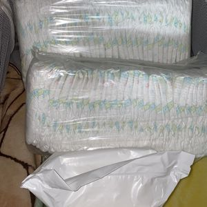 160 Diapers And Wipes Bundle for Sale in San Dimas, CA