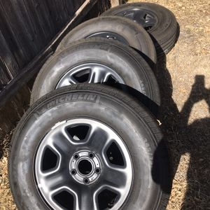 Set Of 5 Jeep Wheels And Tires for Sale in San Angelo, TX