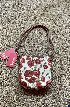 NWT Signare Tapestry Design Poppy Shoulder Bag for Sale in Williamsport, PA