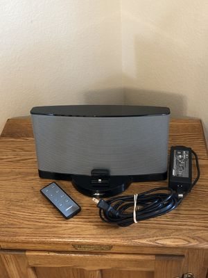 BOSE SoundDock Series III Digital Music System with Lightning Connector & Remote for Sale in Hesperia, CA