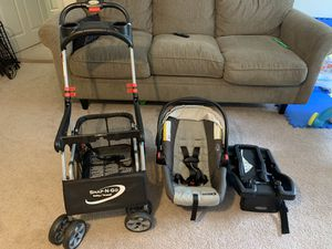 Car seat graco complete for Sale in Malden, MA