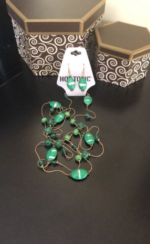 Cute Green Necklace Set for Sale in Covina, CA