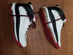 Nike air max game day mens shoes size 11 for Sale in Columbia, MD