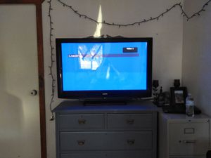 42in flat screen TV for Sale in Payson, AZ
