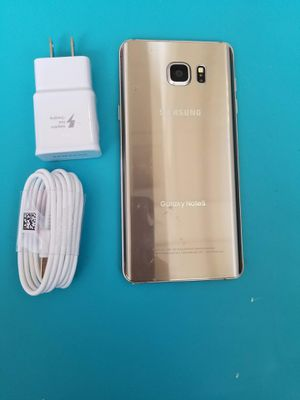 IPhone galaxy note 5 32gb unlocked each phone for Sale in Malden, MA