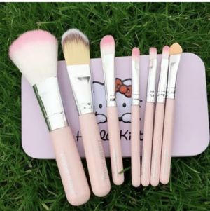 New 7PCS Hello Kitty Makeup Brushes Set W Metal Box Great Christmas Gift for Sale in Brookshire, TX