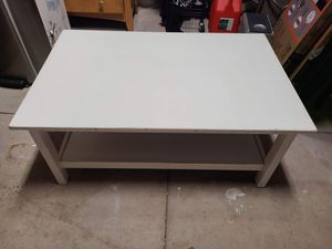 White coffee table for Sale in North Port, FL