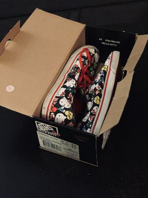 """Hello Kitty Vans """"Off the Wall"""" Lo Pro size 6.5 for Sale in Tampa, FL"""