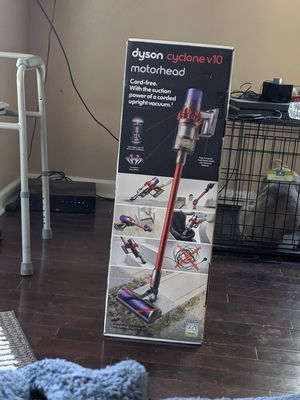 DYSON CYCLONE V10 MOTORHEAD CORDLESS for Sale in Columbus, OH