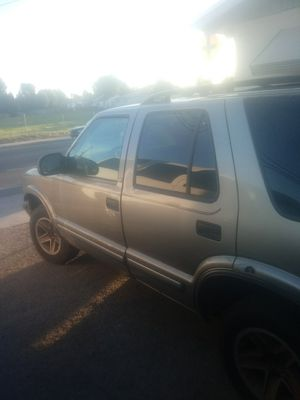 Chevy blazer 2000 for Sale in Perris, CA