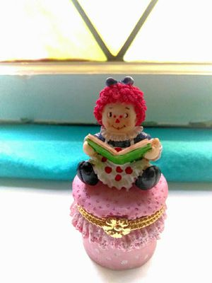 Adorably Cute Vintage Rageddy Ann Doll ring box or earrings box for Sale in Chicago, IL