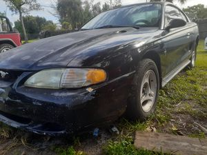 96 for mustang. V6 for Sale in West Palm Beach, FL