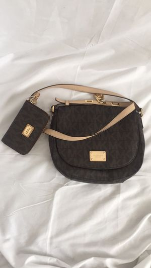 Michael Kors purse and wallet for Sale in Anchorage, AK