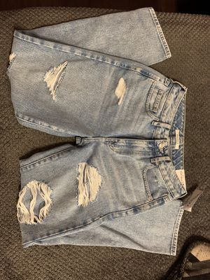 New with tags Pacsun mom jeans size 24 for Sale in Los Angeles, CA