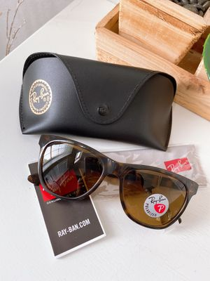 Rayban Sunglasses RB4184 for Sale in Arlington, TX