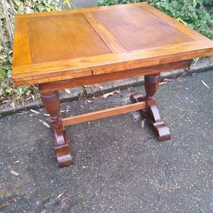 Small Antique Oak Expanding Dining Table for Sale in Seattle, WA