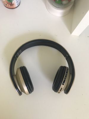 Bluetooth Headphones for Sale in Cordova, TN