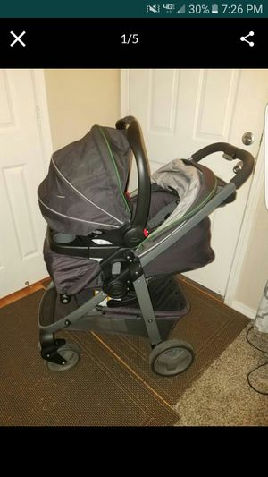 Graco modes click connect 35 travel system for Sale in Everett, WA