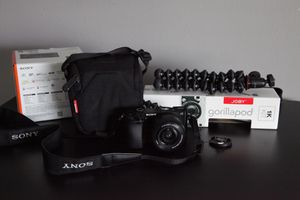 Sony Alpha 6000 for Sale in Rosharon, TX