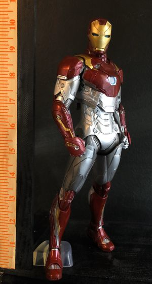 Ironman 🔥 avengers statue figure collectibles for Sale in Arlington, TX