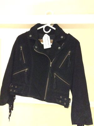 Women's short genuine suede leather jacket. Size 40 / Small for Sale in Miami, FL