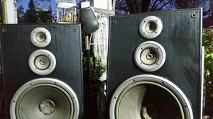 JVC FLOOR TABLE STAND SPEAKERS for Sale in Riverside, CA