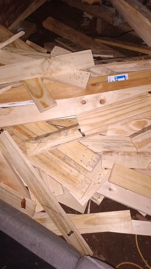 A load of pine 1× 4's all cleaned .0.25cents per foot for Sale in Smyrna, GA