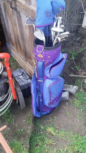 Full set Ladies Golf Clubs w/Bag for Sale in Portland, OR