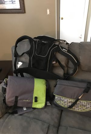 Eddie Bauer Baby carrier / changing tables for Sale in West Covina, CA