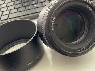 Nikon AF 85mm F1.8 Lens for Sale in Scottsdale,  AZ