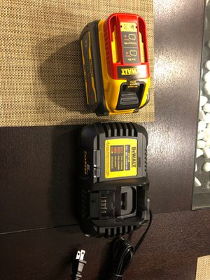 Dewalt battery and charger for Sale in Chicago, IL