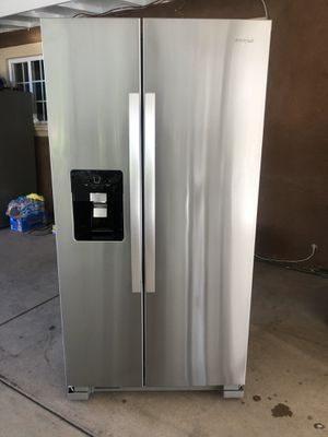 Whirlpool fridge for Sale in San Marcos, CA