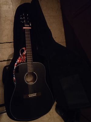 Fender guitar and case for Sale in Windsor, NY