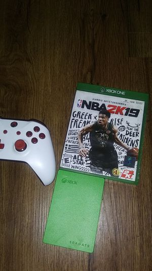 2k19 controller with 2tb hard drive for Sale in LRAFB, AR