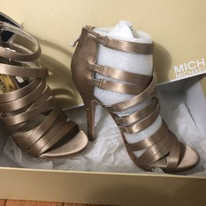 Michael Kors Jenna Sandal - Size 7 for Sale in Rocky Hill, CT