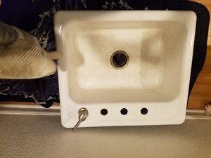 Free: white enamel kitchen sink- sturdy for Sale in Seattle, WA