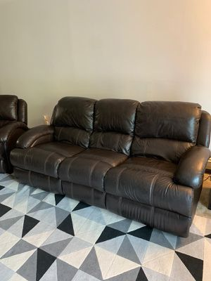 Bobs Furniture Power Recliner Sofa for Sale in Stoneham, MA
