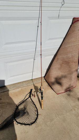 Shimano 1000 fishing pole. Berkley rod and net for Sale in Moreno Valley, CA