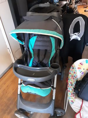 Stroller car seat and 2 booster seats for Sale in Los Angeles, CA