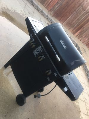 BBQ grill for the low for Sale in San Bernardino, CA