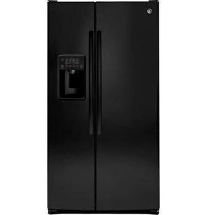 Refrigerator GE Fridge Freezer Nevera 25.3Cu.Ft GSE25GGHBB for Sale in Medley, FL