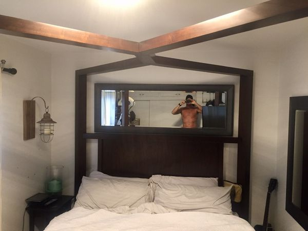 Amazing solid wood king bed