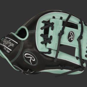 2021 Pro Preferred 11.75-Inch Infield Glove (RHT) for Sale in Duvall, WA