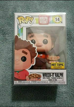 MINT FUNKO POP DISNEY WRECK IT RALPH HOT TOPIC EXCLUSIVE WITH PROTECTOR for Sale in Moreno Valley, CA