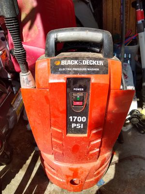 Black & decker 1700psi electric pressure washer for Sale in Portland, OR