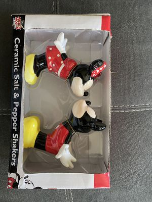 Disney Mickey and Minnie salt and pepper shakers for Sale in Hutto, TX