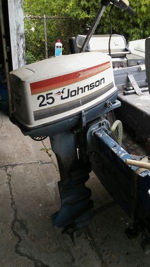 25 horse Johnson Evinrude 16 ft bluefin for Sale in Lincoln Park, MI