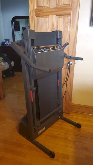 Treadmill for Sale in Stickney, IL