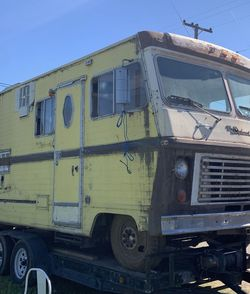 rv for FREE need it gone asap! for Sale in Fresno,  CA